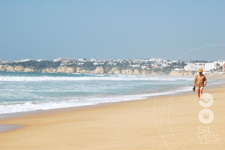 Interditos os acessos às praias do concelho de Silves